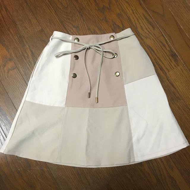 one after another NICE CLAUP(ワンアフターアナザーナイスクラップ)のナイスクラップ パッチワーク 台形スカート 1☆17 レディースのスカート(ミニスカート)の商品写真
