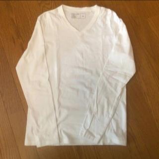 ジーユー(GU)のジーユーVネックTシャツ(Tシャツ(長袖/七分))