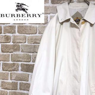 バーバリー(BURBERRY)の【バーバリー】ラグラントレンチコート ノバチェック ロング ホワイト(トレンチコート)