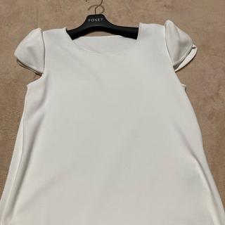 フォクシー(FOXEY)のフォクシーチューリップホワイトティー42新同(Tシャツ(半袖/袖なし))