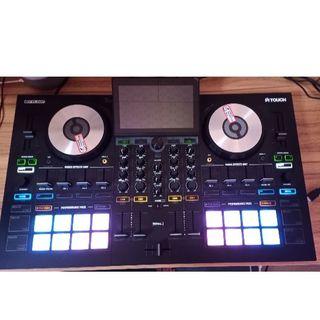 売り尽くし! 超美品 DJコントローラー RELOOP(リループ)TOUCH(DJコントローラー)
