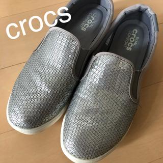 クロックス(crocs)の美品 クロックス スリッポン スニーカー シルバー W5 21cm 6280円(スニーカー)
