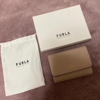 フルラ(Furla)の新品 FURLA 三つ折りウォレット ダリア ベージュ(折り財布)