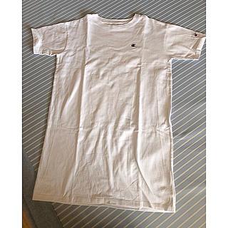 チャンピオン(Champion)のチャンピオン Tシャツ ワンピース 白(Tシャツ(半袖/袖なし))