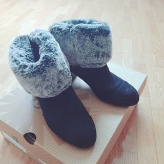 アシナガオジサン(あしながおじさん)の2way ファーブーツ(ブーツ)