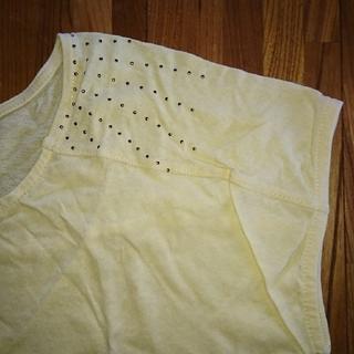 ナチュラルビューティーベーシック(NATURAL BEAUTY BASIC)のNATURAL BEAUTY BASIC  スタッズ付きTシャツ(Tシャツ(半袖/袖なし))