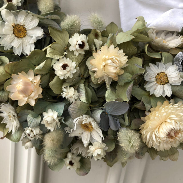 アンティーク紫陽花のホワイトリース*ドライフラワーリース ハンドメイドのフラワー/ガーデン(ドライフラワー)の商品写真