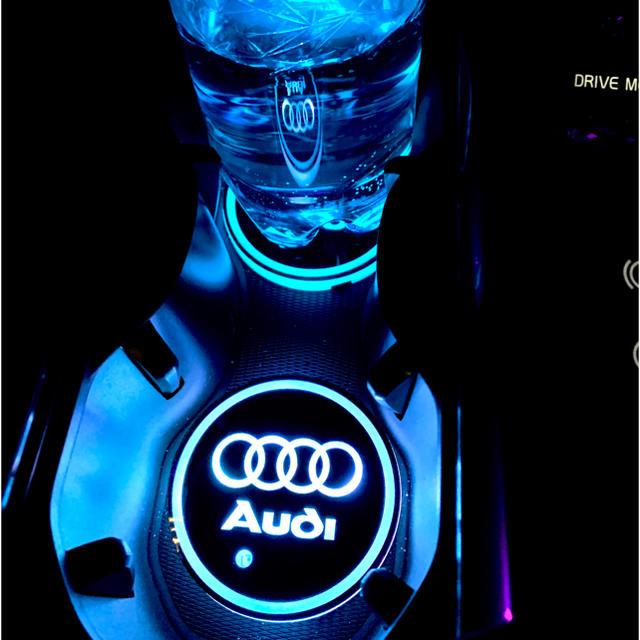 AUDI(アウディ)のアウディ LEDコースター 2個1セット 自動車/バイクの自動車(車内アクセサリ)の商品写真