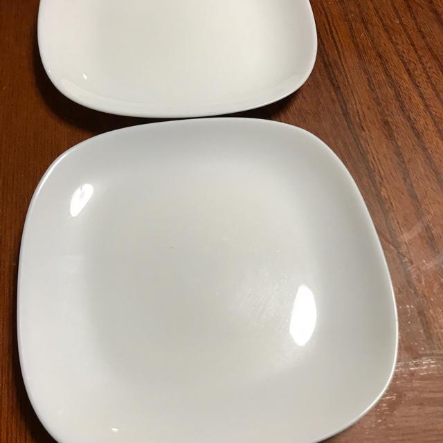 山崎製パン(ヤマザキセイパン)のヤマザキパンのお皿2枚 インテリア/住まい/日用品のキッチン/食器(食器)の商品写真