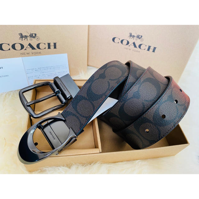 COACH(コーチ)の37,800円コーチ スカルプテッドシグネチャー/フリーサイズリバーシブルベルト メンズのファッション小物(ベルト)の商品写真