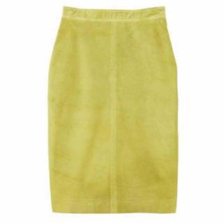 スタニングルアー(STUNNING LURE)のスタニングルアーイエロースエード スカート0(ひざ丈スカート)
