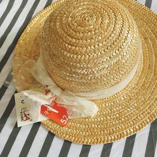 サンリオ(サンリオ)の新品キッズ52cm ゴム付きリボン可愛い麦わら帽子 ストローハット(帽子)