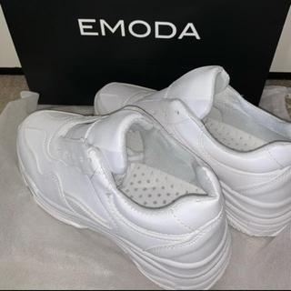 エモダ(EMODA)のEMODA スニーカー(スニーカー)