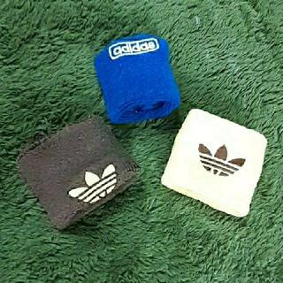 アディダス(adidas)のadidasアディダス リストバンド (バングル/リストバンド)