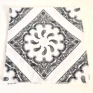 カスタネ(Kastane)の新品‼️ カスタネ Kastane おしゃれ 総柄スカーフ スカーフ ペイズリー(バンダナ/スカーフ)