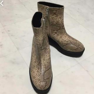 ジーナシス(JEANASIS)のショートブーツ(ブーツ)