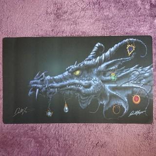 マジックザギャザリング(マジック:ザ・ギャザリング)のMox Dragon Dan Fraizerサイン入りプレイマット(カードサプライ/アクセサリ)