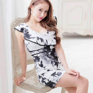 デイジーストア(dazzy store)のデイジーストア 水彩フラワー ミニドレス Lサイズ(ナイトドレス)