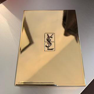 Yves Saint Laurent Beaute - 人気✨イヴサンローランフェイスパウダーハイライト✨