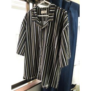 ボウダンショウネンダン(防弾少年団(BTS))のストライプシャツ オープンカラーシャツ  (シャツ)