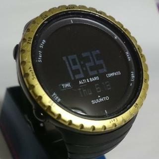 スント(SUUNTO)の☆送料無料!SUUNTO CORE スントコアBLACKイエロー(腕時計(デジタル))