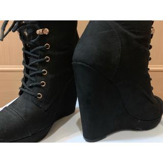 フォーエバートゥエンティーワン(FOREVER 21)の靴 ヒール ブーツ レディース(ブーツ)