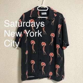サタデーズサーフニューヨークシティー(SATURDAYS SURF NYC)のsaturdays newyork city 総柄 オープンカラーシャツ M(シャツ)