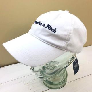 Abercrombie&Fitch - 新品【フリーサイズ】★アバクロ★ロゴ刺しゅう入りキャップ/白/帽子
