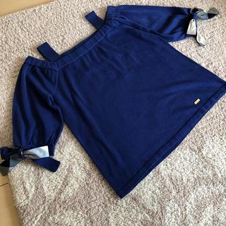 ブラックレーベルクレストブリッジ(BLACK LABEL CRESTBRIDGE)のブルーレーベルクレストブリッジ  オフショルダーカットソー(カットソー(半袖/袖なし))