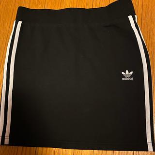 アディダス(adidas)のアディダスオリジナルス スカート(ひざ丈スカート)