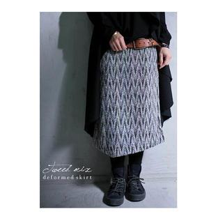 アンティカ(antiqua)のアンティカ カラフルステッチに夢中、ステッチ柄ツイードスカート(ひざ丈スカート)