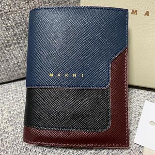 マルニ(Marni)の【MARNI】マルニ 折りたたみ財布 グッチ プラダ ロエベ ジミーチュウ(財布)