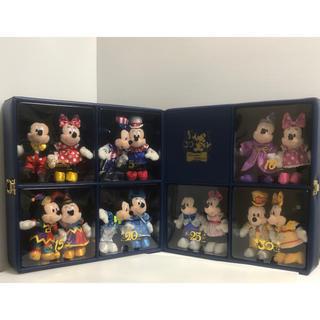 ミッキーマウス(ミッキーマウス)のディズニーリゾート30周年記念 抽選販売 限定 ぬいぐ るみバッジ セット(キャラクターグッズ)