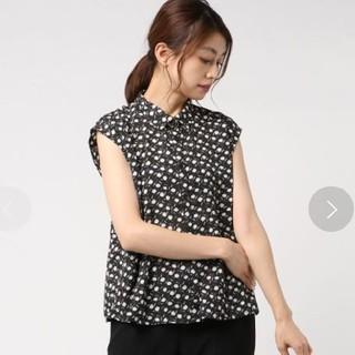テチチ(Techichi)のテチチ レトロ花柄衿付きブラウス(シャツ/ブラウス(半袖/袖なし))