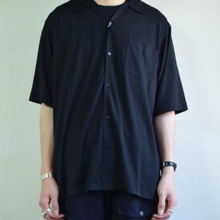 コモリ(COMOLI)のCOMOLI 18ss ウール天竺半袖シャツ Size2(シャツ)