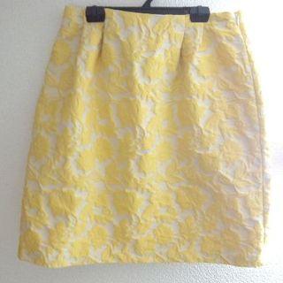 タルボット(TALBOTS)のタルボット 立体刺繍 フラワー 総柄 スカート(ひざ丈スカート)
