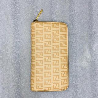 フェンディ(FENDI)の[期間限定値下げ]フェンディ FENDI ズッキーノ 長財布 ラウンドファスナー(長財布)