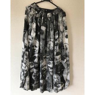 ヴィヴィアンウエストウッド(Vivienne Westwood)のヴィヴィアン ウエストウッド パペット柄 ロングスカート(ロングスカート)