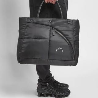 オフホワイト(OFF-WHITE)の◆ A-COLD-WALL* Puffer Tote Bag acw ◆(トートバッグ)