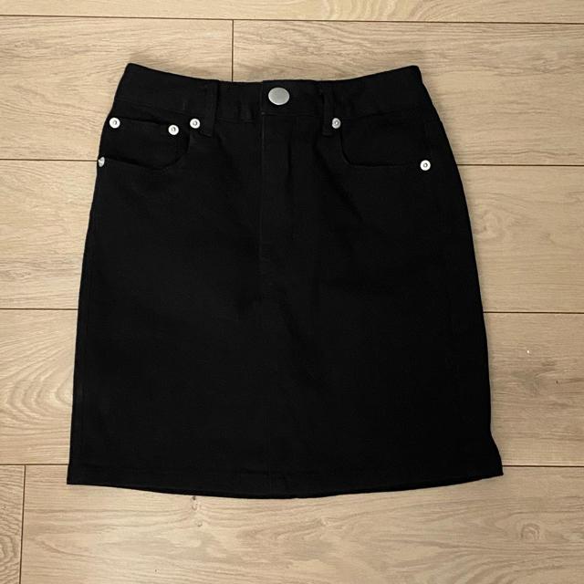 GRL(グレイル)のGRL デニムスカート 黒 レディースのスカート(ミニスカート)の商品写真
