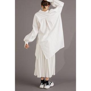 エンフォルド(ENFOLD)のENFOLD プリーツスカート サイズ38 white(ロングスカート)