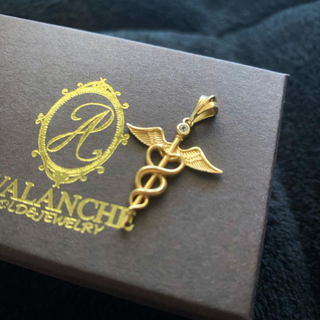 アヴァランチ(AVALANCHE)のavalanche  ペンダントヘッド(ネックレス)