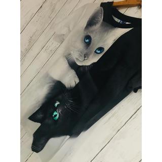 ミルクボーイ(MILKBOY)の白黒白夜猫芸術。二面相Tシャツ猫 レフレム doublet ラブラット(Tシャツ/カットソー(半袖/袖なし))