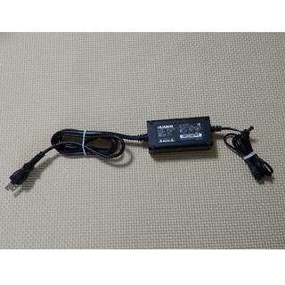 ソフトバンク(Softbank)のSoftbank Air ACアダプター(変圧器/アダプター)