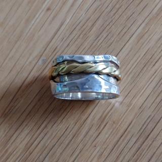 イーエム(e.m.)のリング 指輪 ビジュマム bijumam ローリング(リング(指輪))