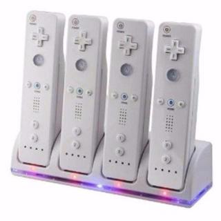 【wii U/Wii 用】 リモコン バッテリー 4個付 4台 同時 充電器4ポ(家庭用ゲーム機本体)