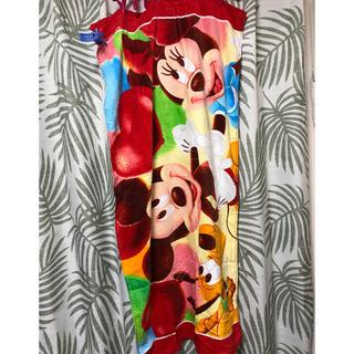 ミッキーマウス(ミッキーマウス)のDisney バスタオル 新品 未使用(タオル/バス用品)