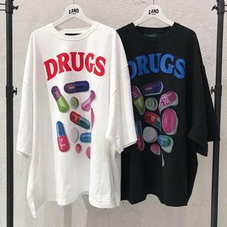 ミルクボーイ(MILKBOY)のmilkboy PILL BIG TEE DRUGS Tシャツ(Tシャツ(半袖/袖なし))