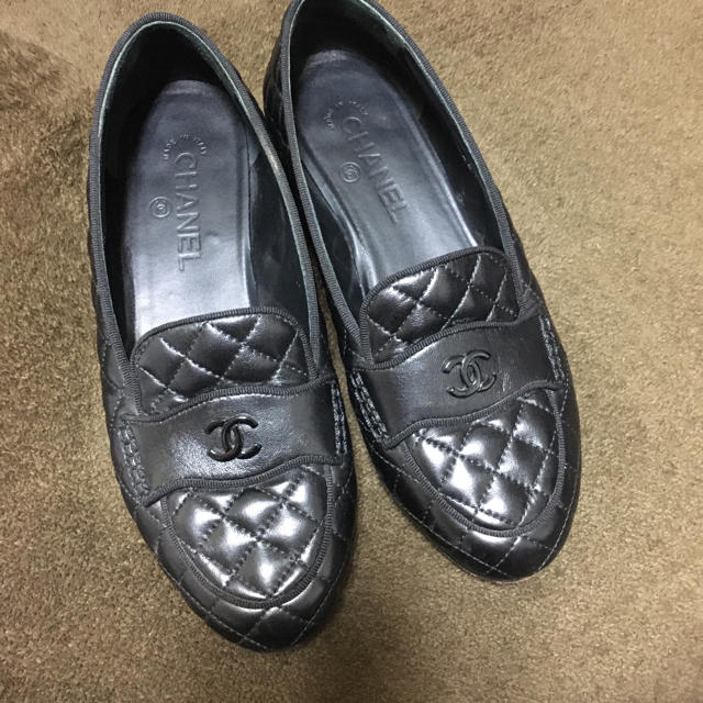 CHANEL(シャネル)のシャネル ローファー マトラッセ レディースの靴/シューズ(ローファー/革靴)の商品写真