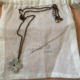 アニエスベー(agnes b.)のアニアスベー ネックレス 花 キラキラ(ネックレス)